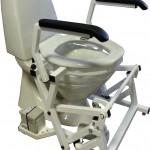 Aufstehhilfe BC65 - Beispiel Toilettenandbringung