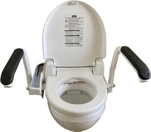 Bidet with side control
